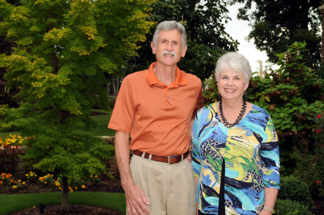 Larry and Linda Thomas